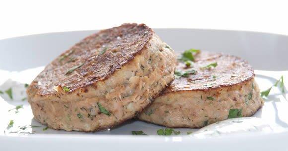 Burger au thon : savoureux, sain et très peu calorique